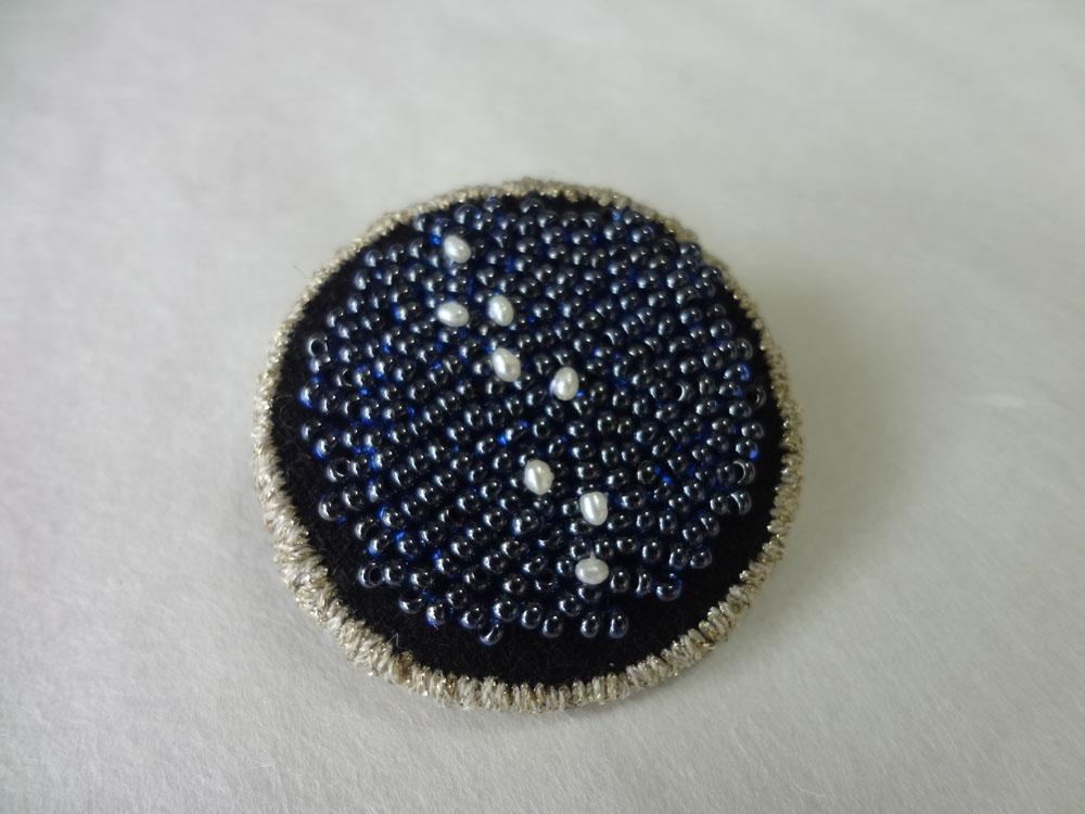 画像1: 縁どり刺繍ブローチ・10
